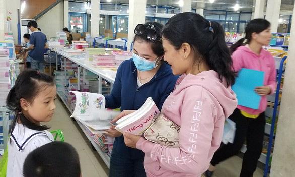 Sách của GS Hồ Ngọc Đại bị loại: Tiêu chí nào cho sách giáo khoa? - Ảnh 3.