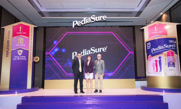 Cải thiện tầm vóc của trẻ với nguồn dinh dưỡng đầy đủ Pediasure - Ảnh 2.