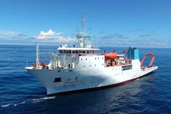 Trung Quốc tuyên bố về quyền đi lại của tàu Trung Quốc trong EEZ của Philippines - Ảnh 1.