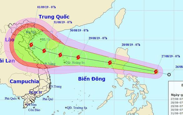 Bão sắp vào biển Đông, Nam Bộ gia tăng mưa dông - Ảnh 1.