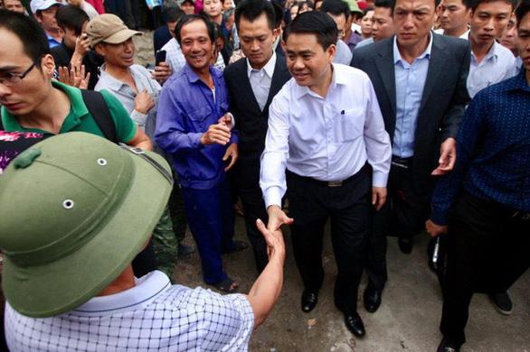 Chủ tịch UBND TP Hà Nội: Một số người trục lợi từ vụ sân bay Miếu Môn - Ảnh 1.