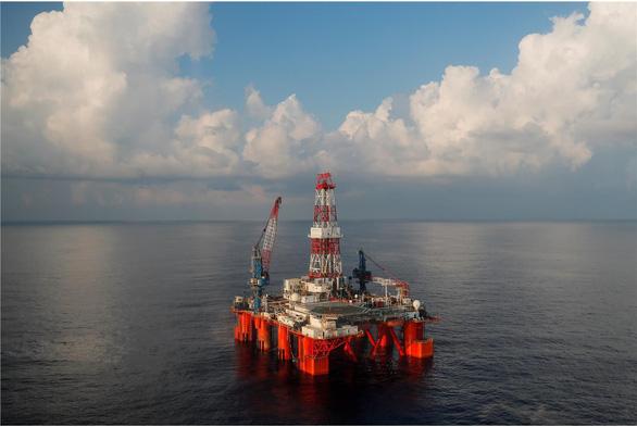 Bộ Quốc phòng Mỹ lên án Trung Quốc can thiệp hoạt động dầu khí của Việt Nam - Ảnh 2.