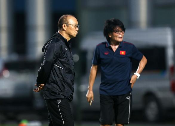 Đàm phán hợp đồng giữa HLV Park Hang Seo với VFF sẽ… thuận lợi - Ảnh 1.