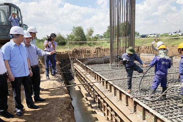 Đề nghị ứng thêm cho dự án cao tốc Trung Lương - Mỹ Thuận - Ảnh 1.