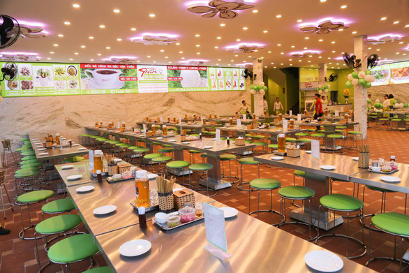 Phạt 25 triệu, tạm đình chỉ việc chế biến thịt heo của nhà hàng đặc sản Trần - Ảnh 1.