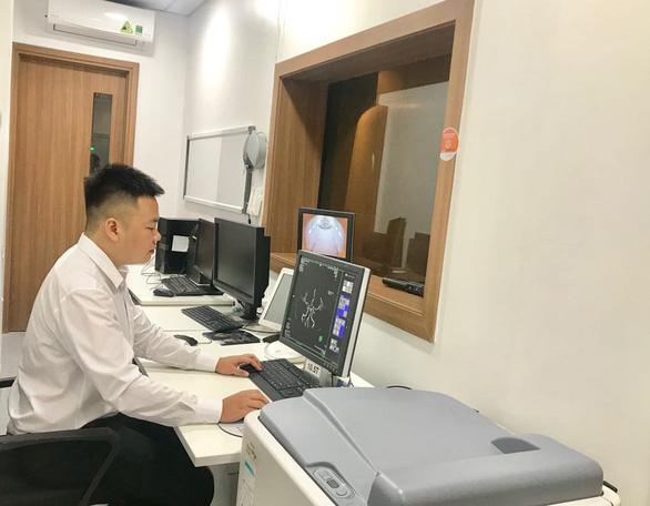 Việt Nam có thiết bị điều trị ung thư hiện đại hàng đầu thế giới - Ảnh 1.
