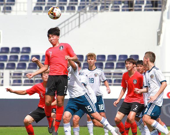 U15 Việt Nam tranh ngôi vô địch cùng U15 Hàn Quốc - Ảnh 2.