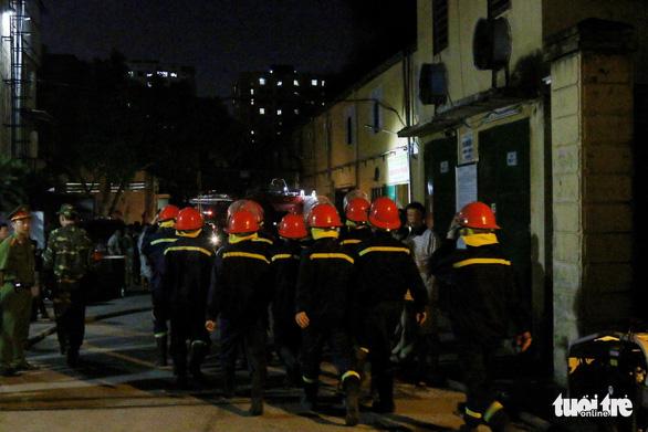 Hỏa hoạn ở công ty Rạng Đông được khống chế sau gần 6 tiếng nỗ lực - Ảnh 15.