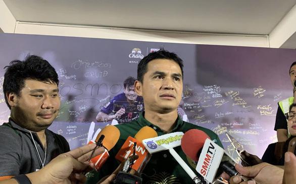Kiatisuk tin Thái Lan sẽ thắng tuyển Việt Nam như ở vòng loại World Cup 2018 - Ảnh 1.