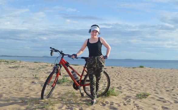 Đạp xe mỗi ngày giúp tôi đẩy lùi bệnh tật - Ảnh 1.