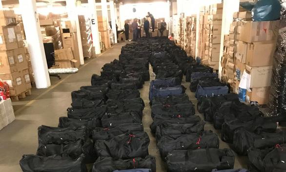 Đức bắt giữ 4,5 tấn cocaine hơn 1,1 tỉ USD - Ảnh 1.