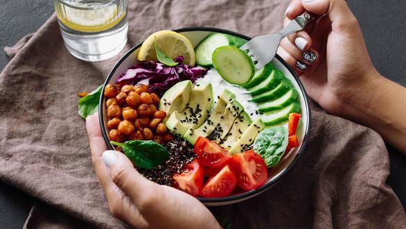 Khám phá mới về chế độ ăn giúp điều trị ung thư hiệu quả - Ảnh 1.