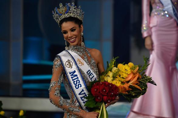 Cô sinh viên 19 tuổi đăng quang Hoa hậu Venezuela 2019 - Ảnh 3.