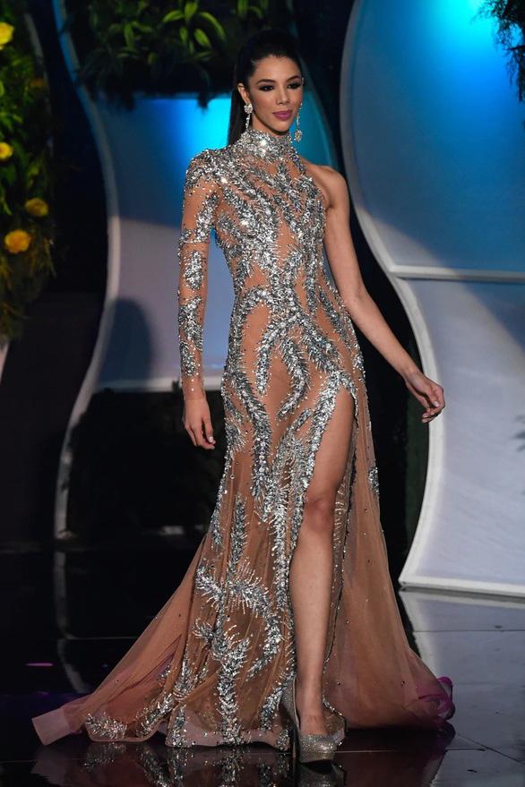 Cô sinh viên 19 tuổi đăng quang Hoa hậu Venezuela 2019 - Ảnh 4.