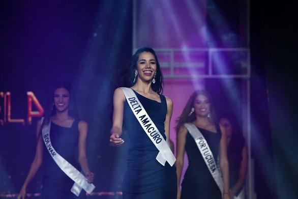 Cô sinh viên 19 tuổi đăng quang Hoa hậu Venezuela 2019 - Ảnh 7.