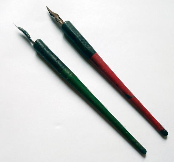 Bút mực thuở nào - Ảnh 1.