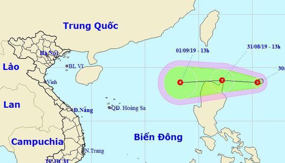 Bão số 4 vừa suy yếu, lại xuất hiện áp thấp nhiệt đới hướng vào Biển Đông - Ảnh 1.