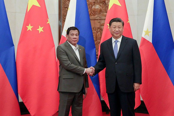 Ông Duterte nói với ông Tập: Hợp tác giải quyết tranh chấp Biển Đông thay vì đối đầu - Ảnh 1.