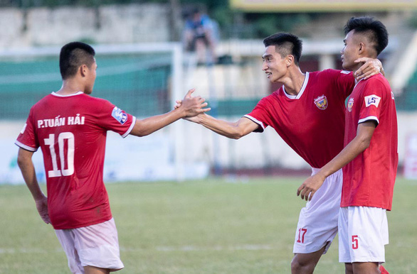 Tân vương Giải bóng đá hạng nhất quốc gia 2019: Hồng Lĩnh Hà Tĩnh - Ảnh 1.