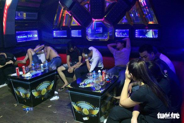 Từ 1-9: Karaoke không hoạt động sau 0h, cho mượn xe công bị phạt đến 60 triệu đồng - Ảnh 1.