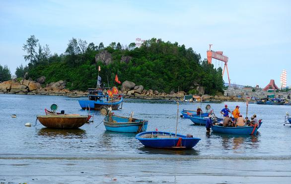 Tử tế với Sa Cần - Kỳ 3: Góp sức cứu con sông quê của Tế Hanh - Ảnh 1.