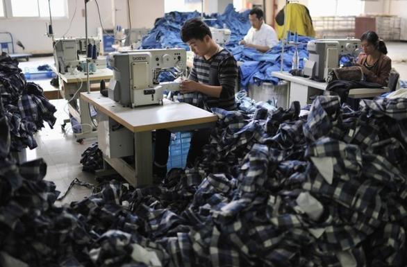 92% hàng may mặc Trung Quốc vào Mỹ tăng giá từ 1-9 vì bị áp thêm thuế - Ảnh 2.
