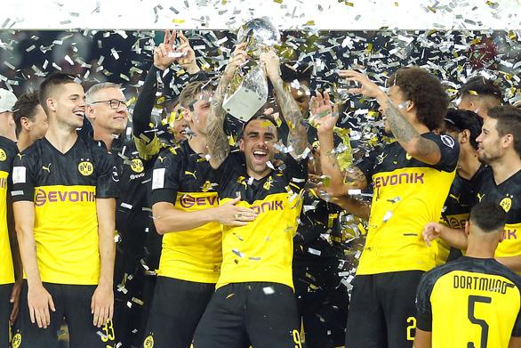 Bayern vượt trội nhưng lại thua Dortmund ở Siêu cúp Đức - Ảnh 1.