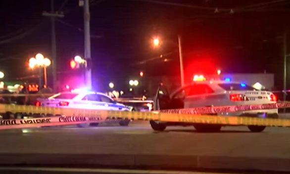Thêm vụ xả súng ở Mỹ, 10 người thiệt mạng - Ảnh 1.