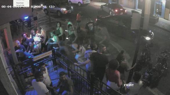 Chỉ 30 giây, tay súng ở Dayton giết 9 người, trong đó có em gái mình - Ảnh 2.