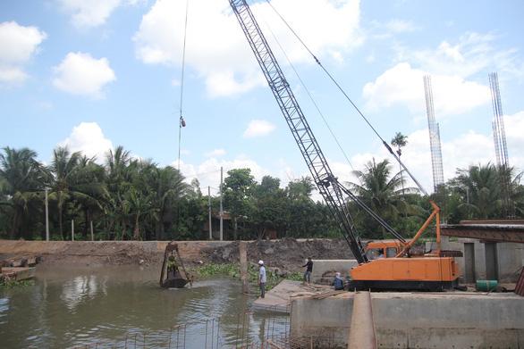Đồng bằng sông Cửu Long sẵn sàng cho các kịch bản thiếu nước - Ảnh 1.