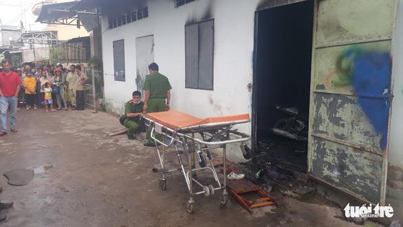 Thanh niên 29 tuổi chết cháy trong phòng trọ lúc nửa đêm - Ảnh 1.