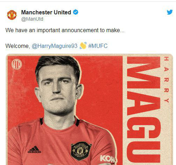 CĐV Manchester United thở phào: Cuối cùng máy bay đã hạ cánh - Ảnh 1.