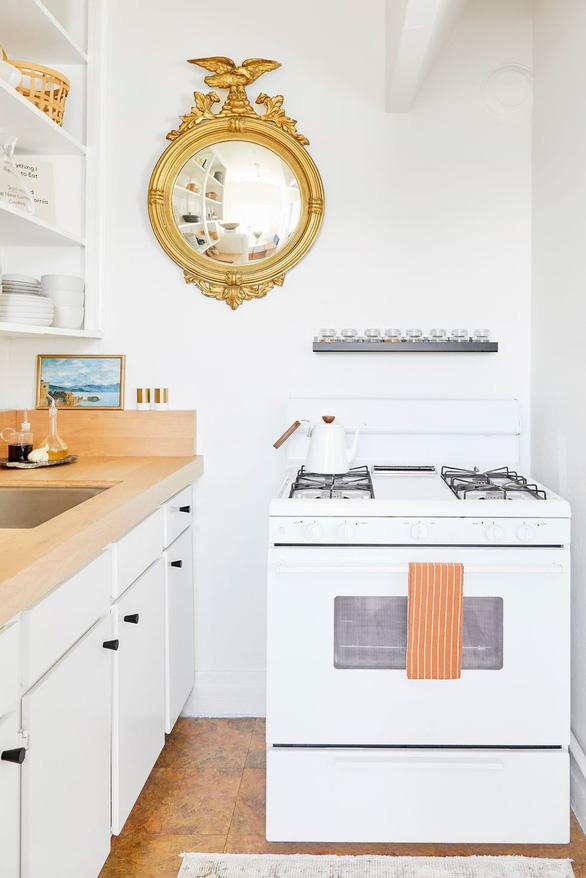 Sống trong nhà nhỏ không còn đáng lo nhờ các thiết kế sáng tạo - Ảnh 7.
