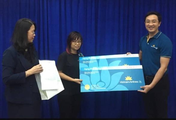 Tặng vé máy bay cho du khách Nhật bị 'chém 2,9 triệu đồng - Ảnh 1.