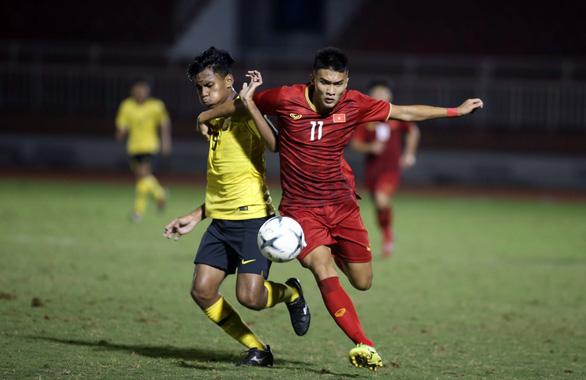 U18 Việt Nam may mắn thắng Malaysia trận ra quân - Ảnh 3.