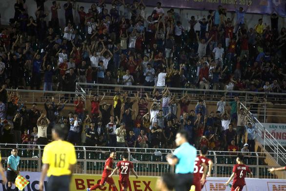 U18 Việt Nam may mắn thắng Malaysia trận ra quân - Ảnh 4.
