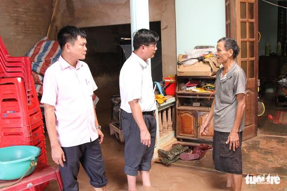 30.000 hộ dân Đắk Lắk bị cô lập, hàng chục ngàn ngôi nhà chìm trong biển nước - Ảnh 10.