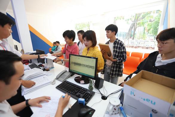 Chiều nay 8-8 công bố điểm chuẩn đại học, mời xem trên Tuổi Trẻ Online - Ảnh 1.