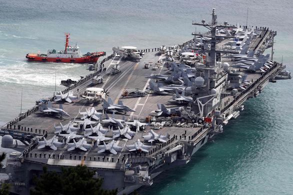 Tàu sân bay Mỹ USS Ronald Reagan đến Philippines sau khi tuần tra Biển Đông - Ảnh 1.