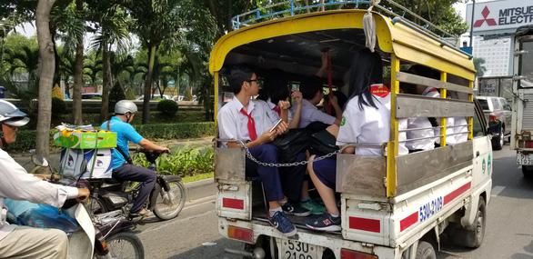 Bé lớp 1 tử vong trên ôtô: Nhiều phụ huynh giật mình vì luôn tin xe đưa đón! - Ảnh 1.