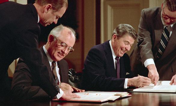 Hiệp ước lực lượng hạt nhân tầm trung - Kỳ 3: Mỹ - Xô loại bỏ tên lửa tầm trung - Ảnh 3.