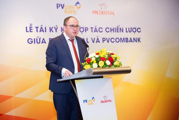 Prudential Việt Nam và PVcomBank tái ký hợp tác độc quyền - Ảnh 2.