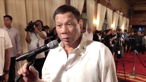Tổng thống Duterte tuyên bố không chấp nhận Trung Quốc sở hữu Biển Đông - Ảnh 1.