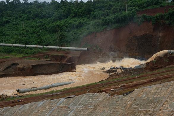 Sự cố đập thủy điện Đắk Kar: trường hợp xấu nhất là nổ mìn xả lũ - Ảnh 3.