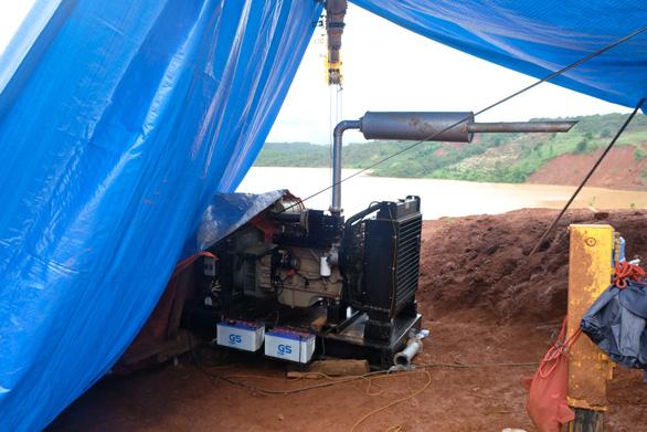 Sự cố đập thủy điện Đắk Kar: trường hợp xấu nhất là nổ mìn xả lũ - Ảnh 5.