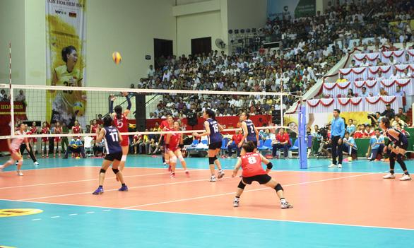 Tuyển nữ bóng chuyền Việt Nam nhọc nhằn thắng Triều Tiên vào chung kết - Ảnh 1.