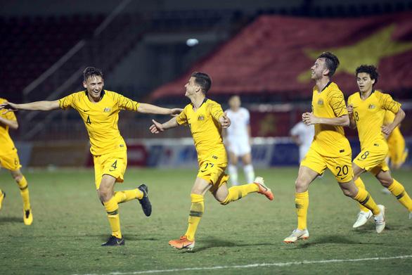 Việt Nam rơi vào thế khó khi thua Úc 1-4 ở Giải U18 Đông Nam Á 2019 - Ảnh 1.