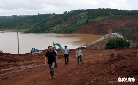 Vẫn chưa xử lý dứt điểm sự cố kẹt van hồ thủy điện Đắk Kar - Ảnh 3.
