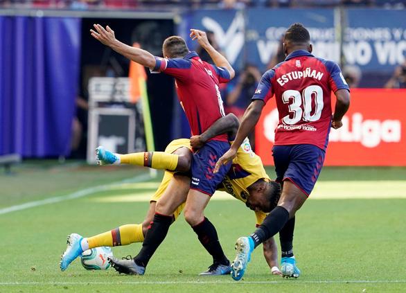 Messi vẫn chưa đá, Barca bị Osasuna cầm hòa 2-2 - Ảnh 1.