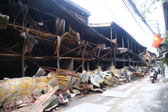Vụ cháy Rạng Đông: Đại học Khoa học tự nhiên thông báo không bị ô nhiễm thủy ngân - Ảnh 1.